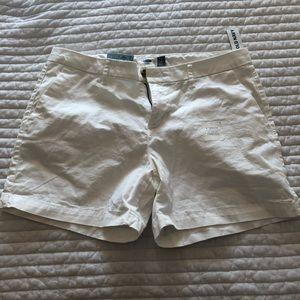 Old navy 5in Bermuda shorts